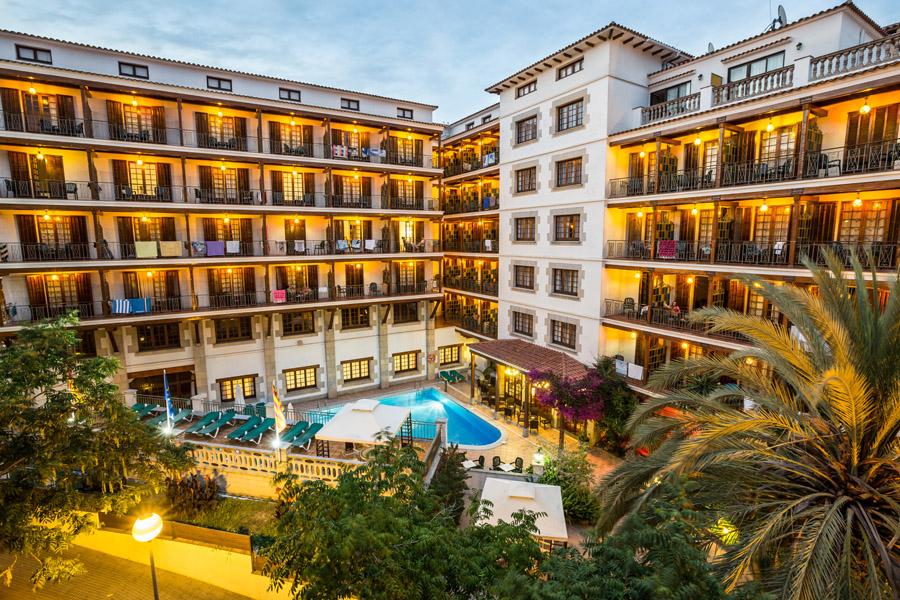 76472-hotel-la-carolina-lloret-de-mar--8-.jpg
