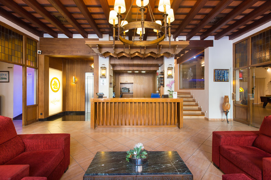 81f91-hotel-la-carolina-lloret-de-mar--9-.jpg