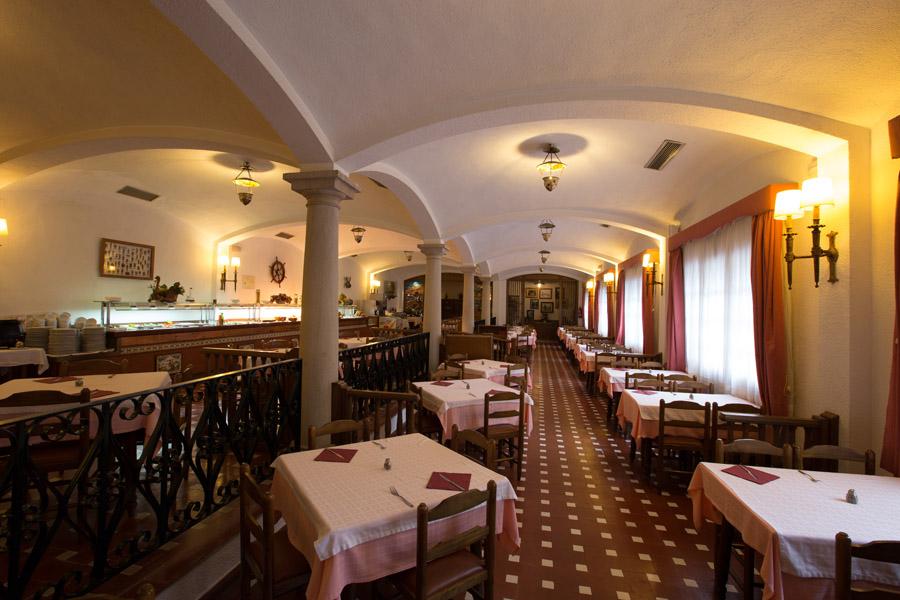 a8ab4-hotel-la-carolina-lloret-de-mar--15-.jpg