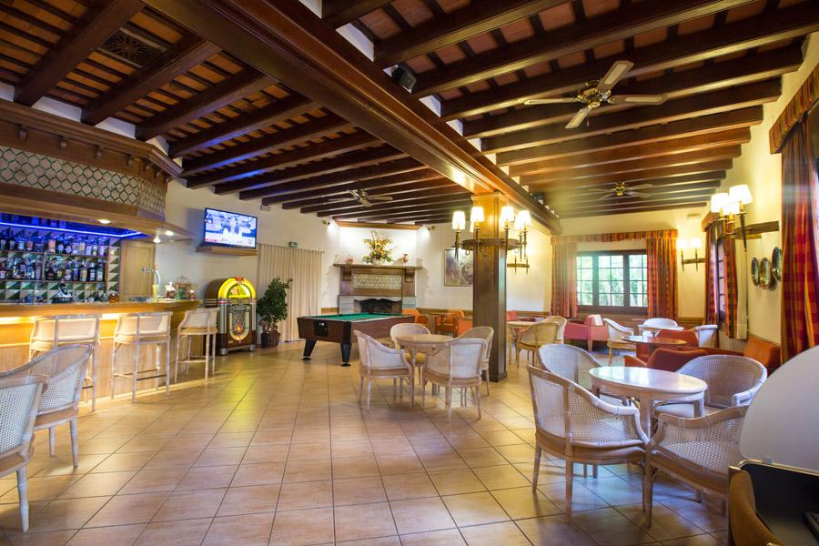 ca6d0-hotel-la-carolina-lloret-de-mar--17-.jpg